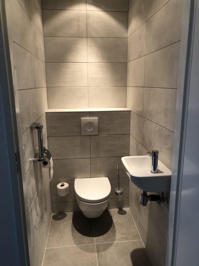 Verbazingwekkend Renovatie badkamer en toilet – Koremans-Klusbedrijf ZS-78